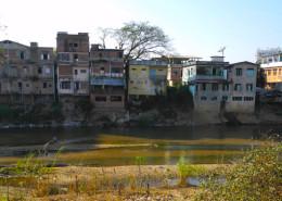 mae sot river border