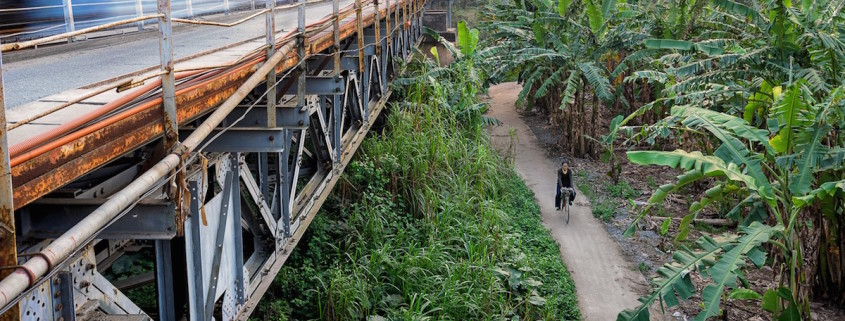 train bridge vietnam